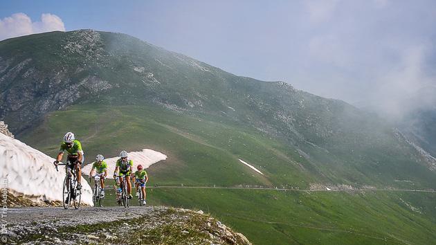 Séjour vélo de route à l'assaut des cols mythiques de France et d'Italie