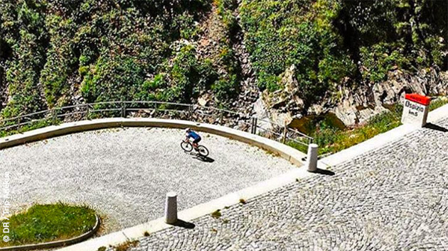Découverte de 11 cols lors de ce séjour vélo dans les Alpes Suisses