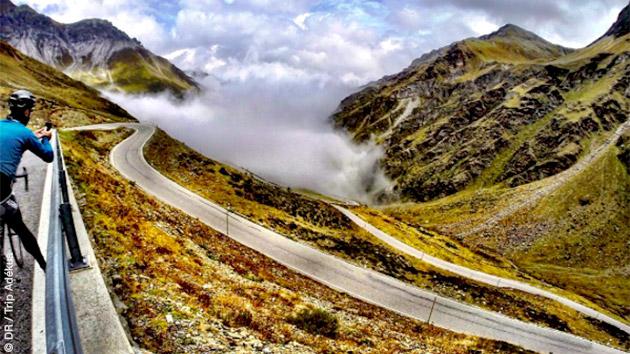 Un parcours exceptionnel à vélo dans les Alpes Suisses entre Genève et Milan