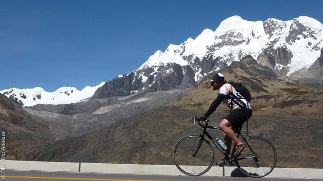 Un circuit de 310 km sur les routes péruviennes, en vélo avec assistance et guide pour les visites, et hébergement en hôtels
