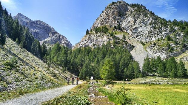 Profitez des plus beaux paysages du Queyras dans les Hautes-Alpes
