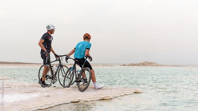 Roulez jusqu'à la Mer Morte pendant un séjour vélo de rêve en Israël