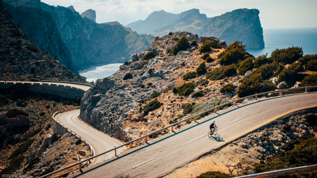 Découvrez les plus beaux cols de l'île de Majorque en vélo de route