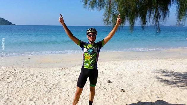 Après la route, la détente sur les plages du sud de la Thaïlande : du vélo mais aussi des massages vous attendent