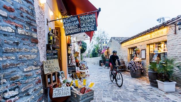 Circuit vélo sur les routes de Marco Pantani en Italie