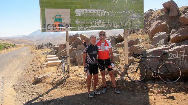Parcours dans les montagnes de l'Atlas, un circuit privilégié pour les cyclistes confirmés