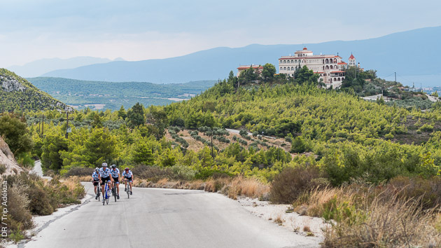 Stage cycliste en Grèce, autour de Loutraki