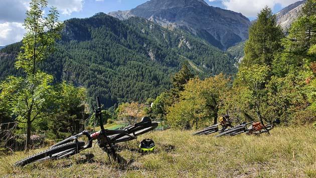 Un séjour avec hébergement et moniteur VTTAE dans le Piémont italien