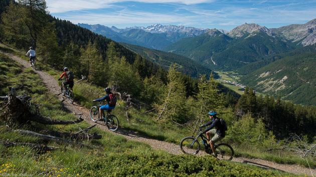 Roulez sur les meilleurs sentiers vélo des Hautes-Alpes