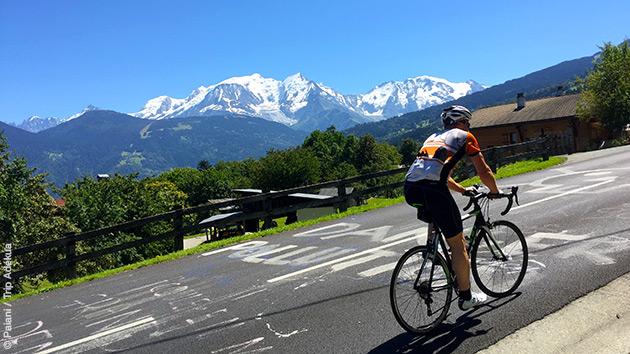 Au programme de ce séjour vélo : des cols et la fameuse côte du Domancy, comme sur les étapes du Tour de France