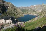 Jour 2 : L'étape reine nous emmène en Suisse - voyages adékua
