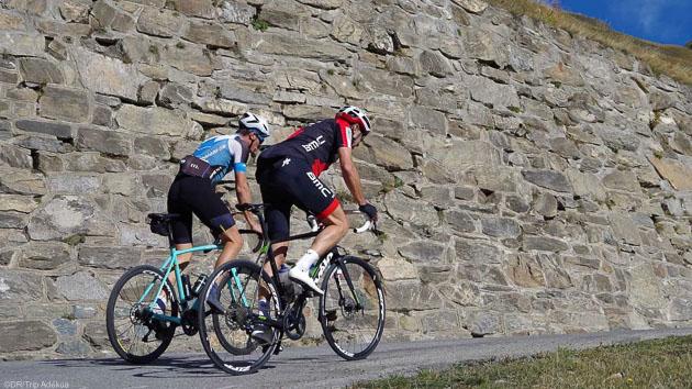 Un séjour cyclo unique sur les routes autour du Mont Blanc