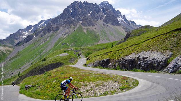 Court séjour vélo de route sur les pentes des Hautes Alpes, autour du Lac de Serre Ponçon