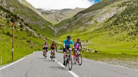 Votre séjour vélo de route en Andorre avec hébergement en hôtel