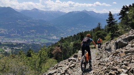Votre séjour VTTAE à la découverte des plus beaux sentiers des Hautes-Alpes