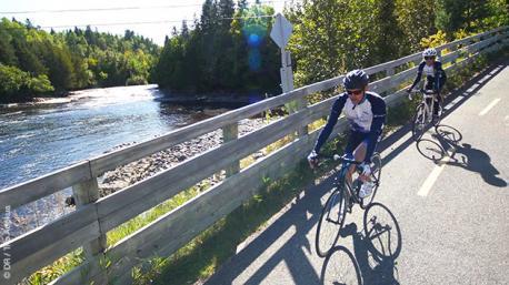 Des paysages variés et magnifiques à découvrir en vélo de route au Québec