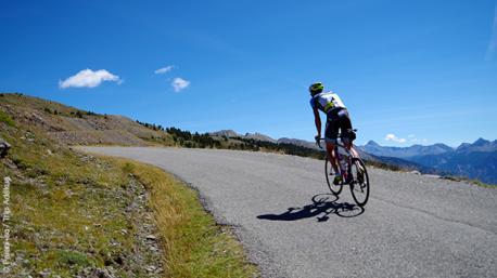 Séjour sportif dans les Alpes, autour du Lac de Serre Ponçon, en vélo de route