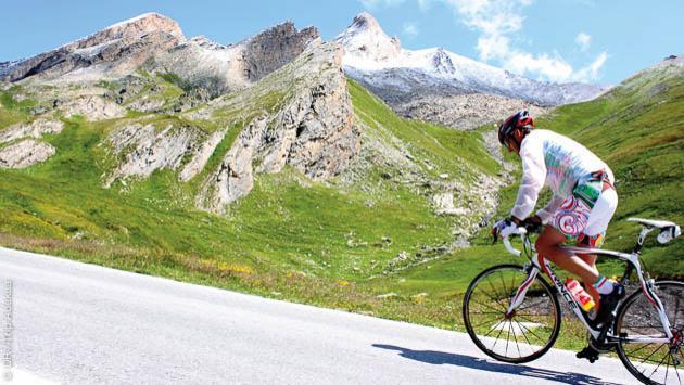 Votre séjour vélo à l'assaut des cols mythiques du tour de France